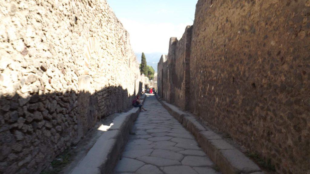 US Pompeii Felix Andries12