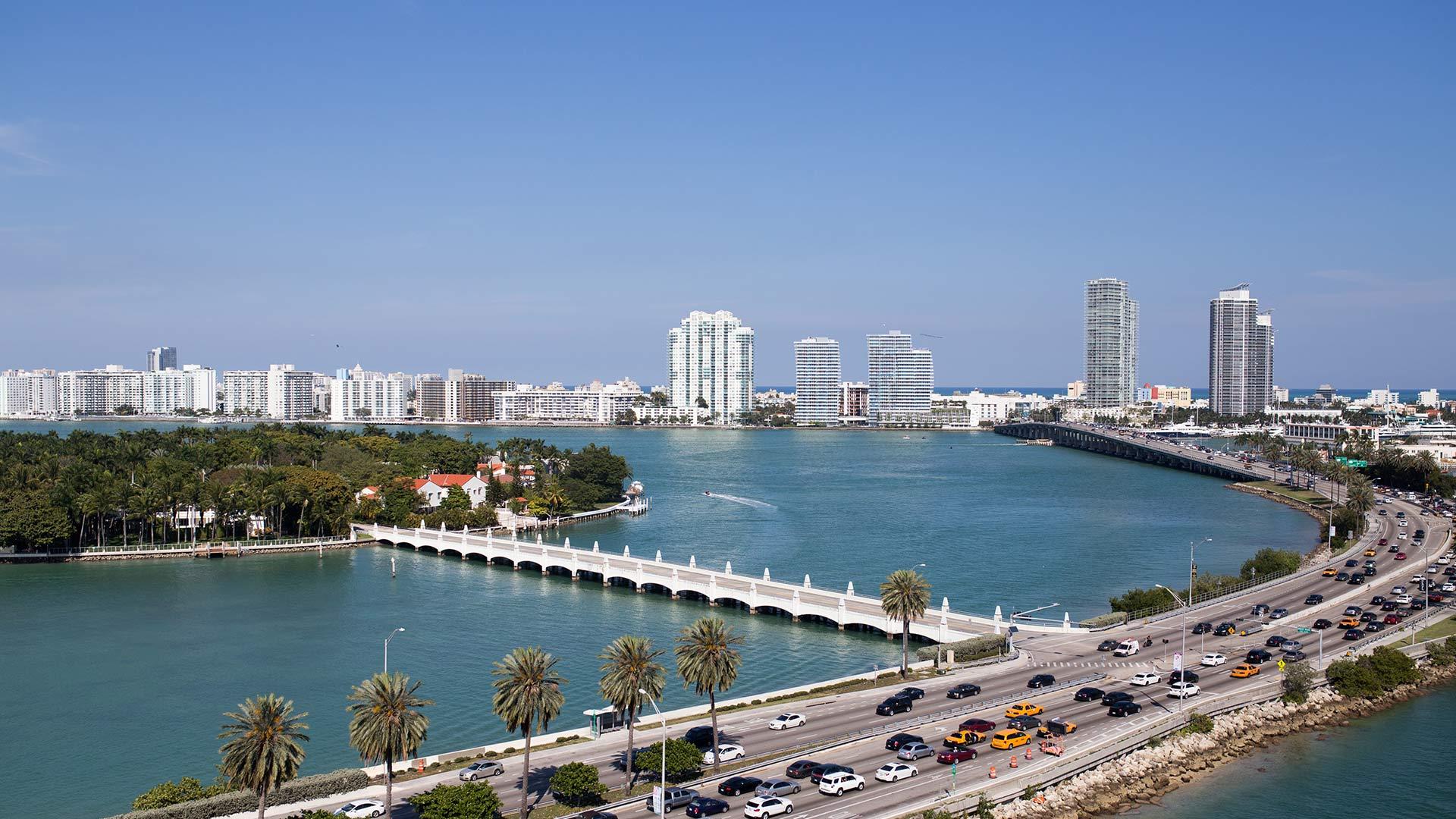 Miami Tourist Attractions Universe Stars