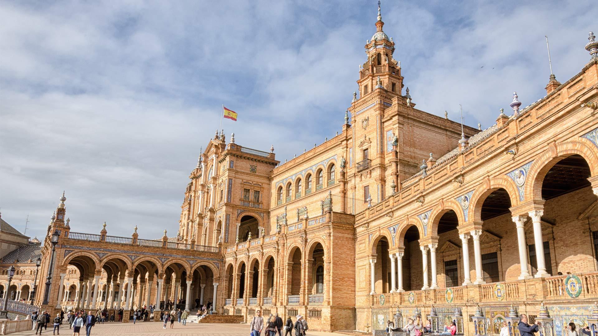 US-Seville-Spain-architecture-3266791